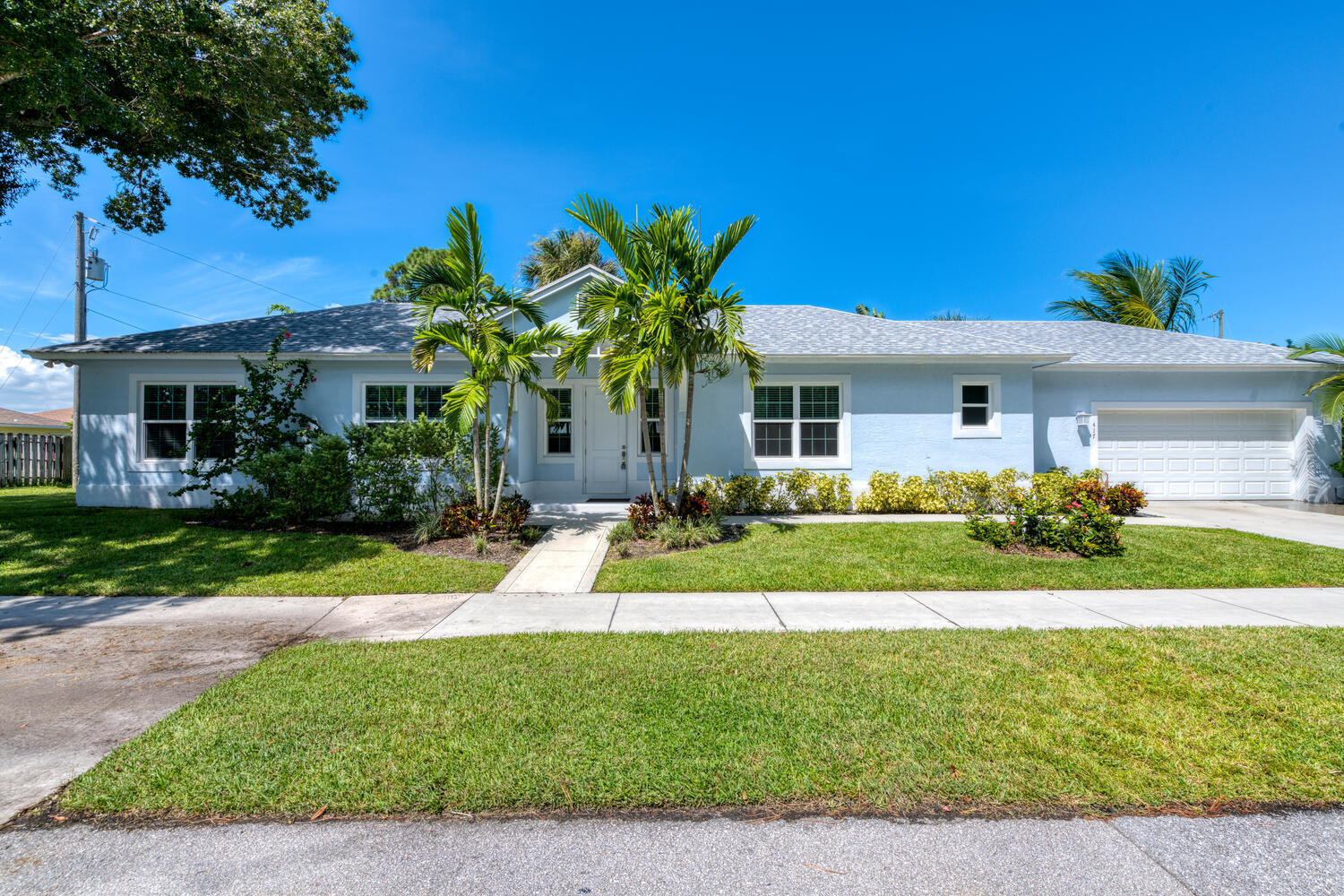 417 Hugh, Jupiter, Florida 33458