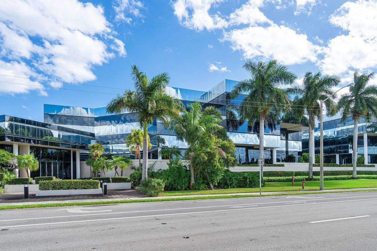 4800 N Federal Unit 104d, Boca Raton, Florida 33431