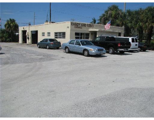 800 NW 1ST, Boca Raton, Florida 33432