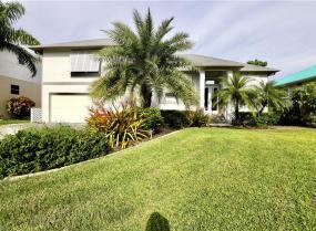 2356 Cherimoya, St. James City, Florida 33956