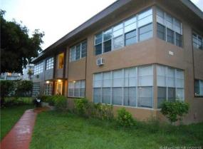 1040 94 street, Bay Harbor Islands, Florida 33154
