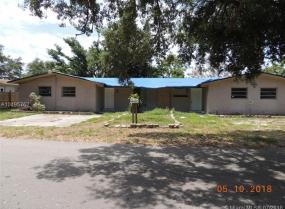 2542 NE 182nd St, North Miami Beach, Florida 33160