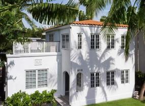 Ocean Beach, 912 Euclid Ave, Miami Beach, Florida 33139