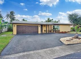 9680 NW 19th Pl, Sunrise, Florida 33322