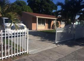 6427 Dewey St, Hollywood, Florida 33023