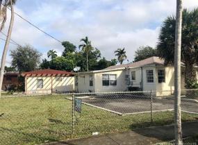225 NE 171st Ter, North Miami Beach, Florida 33162