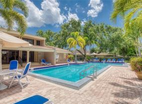 Townhouses Of Em Hil, 604 Saint Andrews Rd Unit 48, Hollywood, Florida 33021
