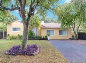 1020 NE 118th St, Biscayne Park, Florida 33161