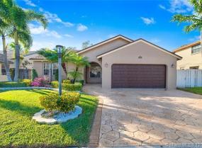 1325 SW 151st Ave, Sunrise, Florida 33326