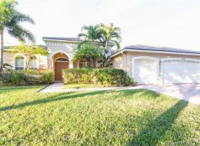 11351 Temple St, Cooper City, Florida 33330