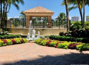 Turnberry on the Green, 19501 W Country Club Dr Unit 508, Aventura, Florida 33180