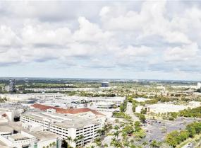 Turnberry on the Green, 19501 W Country Club Dr. Unit TS-07, Aventura, Florida 33180