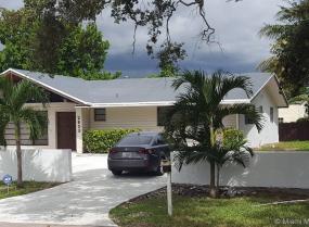 Biltmore Park, 2653 NE 213th St, Miami, Florida 33180