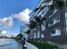 Ritz Carlton, Miami Beach, 4701 N MERIDIAN Unit 221, Miami Beach, Florida 33140