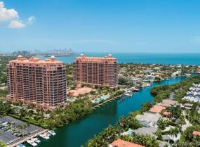 Gables Condo Two, 60 Edgewater Dr Unit P H1 F, Coral Gables, Florida 33133