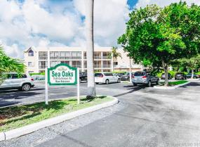 75 Gulfstream Rd Unit 312 B, Dania Beach, Florida 33004