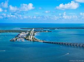 Millennium Tower, 1425 Brickell Ave Unit P H1, Miami, Florida 33131