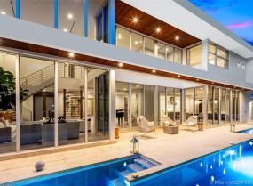 Bay Homes, 3630 N Bay Homes Dr, Miami, Florida 33133