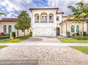 1290 SW 113th Way, Pembroke Pines, Florida 33025