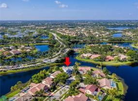 1098 Longview, Weston, Florida 33326