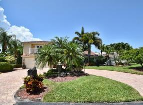 Boca West, 7004 Woodbridge, Boca Raton, Florida 33434