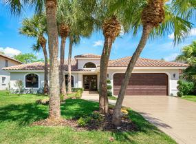 La Joya, 23180 L Ermitage, Boca Raton, Florida 33433