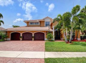 Boca Isles, 10667 Maple Chase, Boca Raton, Florida 33498
