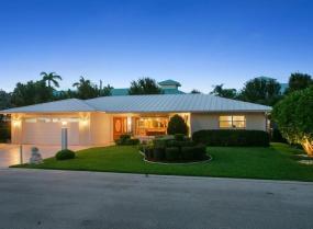 109 Park, Hypoluxo, Florida 33462