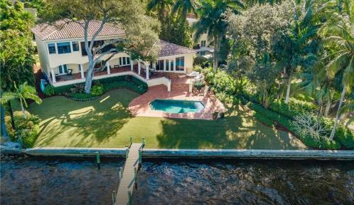 1226 Miracle, Fort Myers, Florida 33901