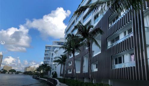4701 MERIDIAN Unit 221, Miami Beach, Florida 33140