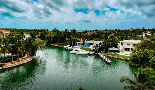 945 Mariner Drive, Key Biscayne, Florida 33149