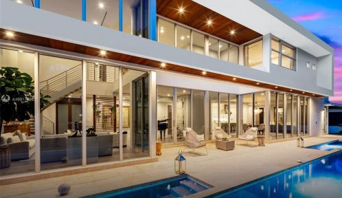 3630 N Bay Homes Dr, Miami, Florida 33133