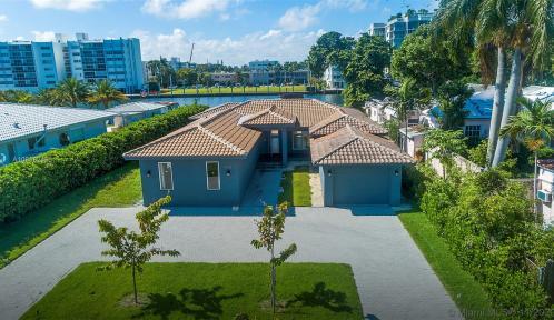 9528 Bay Dr, Surfside, Florida 33154