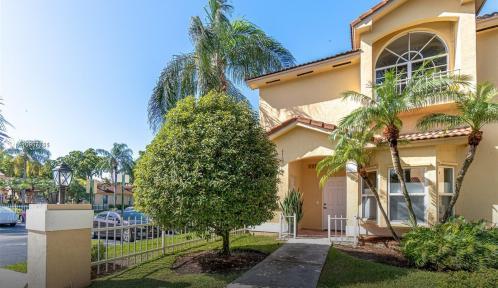 8769 SW 215th Terrace #102 Unit 102, Cutler Bay, Florida 33189