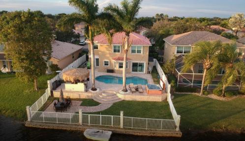 13836 NW 22nd St, Sunrise, Florida 33323