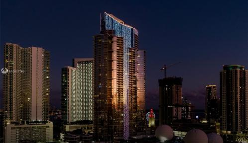 851 1st Ave Unit 1701, Miami, Florida 33132