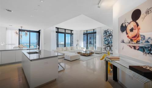 88 SW 7th St Unit 4101, Miami, Florida 33130
