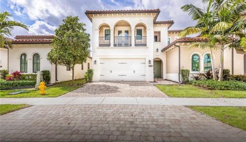 1290 113th Way, Pembroke Pines, Florida 33025