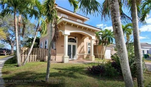4900 SW 94th Ave, Cooper City, Florida 33328