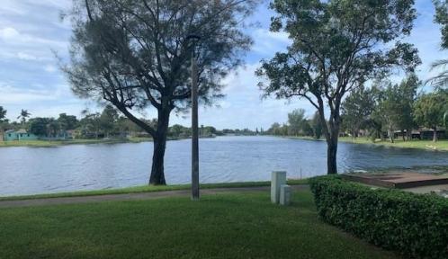 2250 Buttonwood Ave Unit 2250, Pembroke Pines, Florida 33026